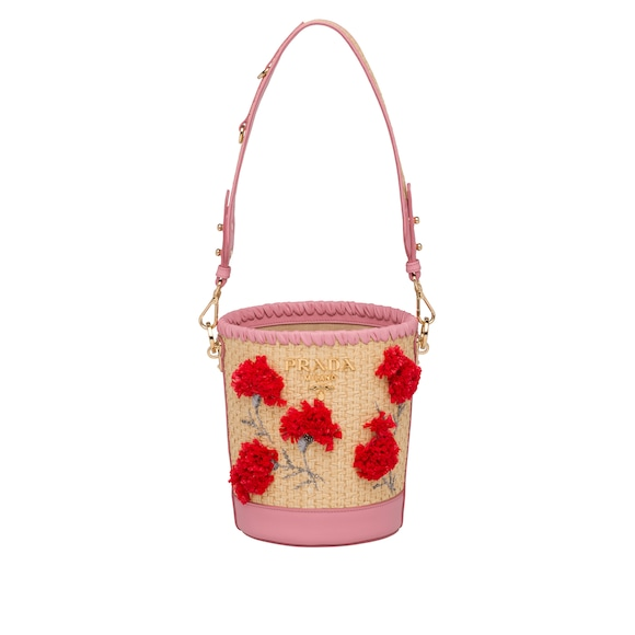 Straw and leather bucket bag with flowers