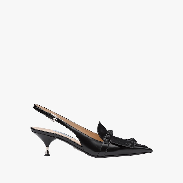 Mocassini Slingback in pelle con borchie