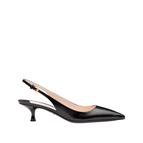 Slingback-Pumps aus Lackleder