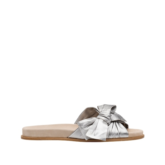 Nappa leather sandals with pearly laminated finish