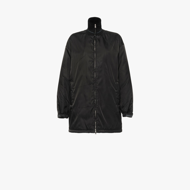 Nylon gabardine raincoat