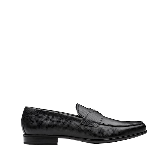 Saffiano leather moccasins