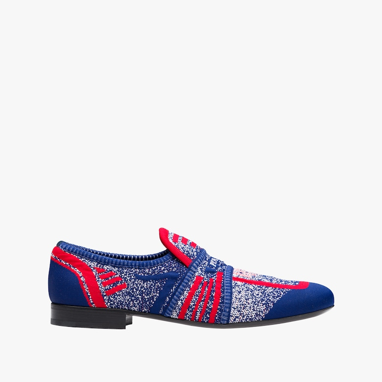 Semi-stretch fabric loafers