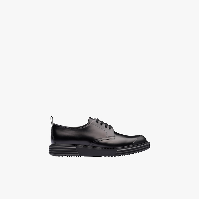 Opaque leather derby shoes