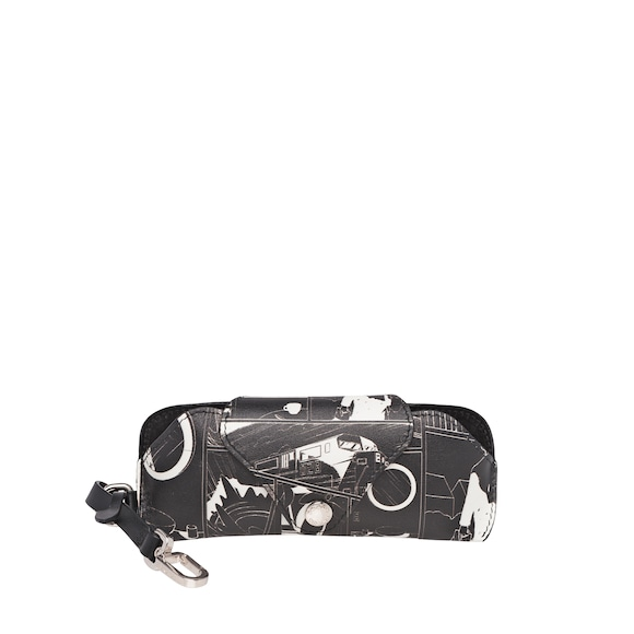 Printed leather eyewear case