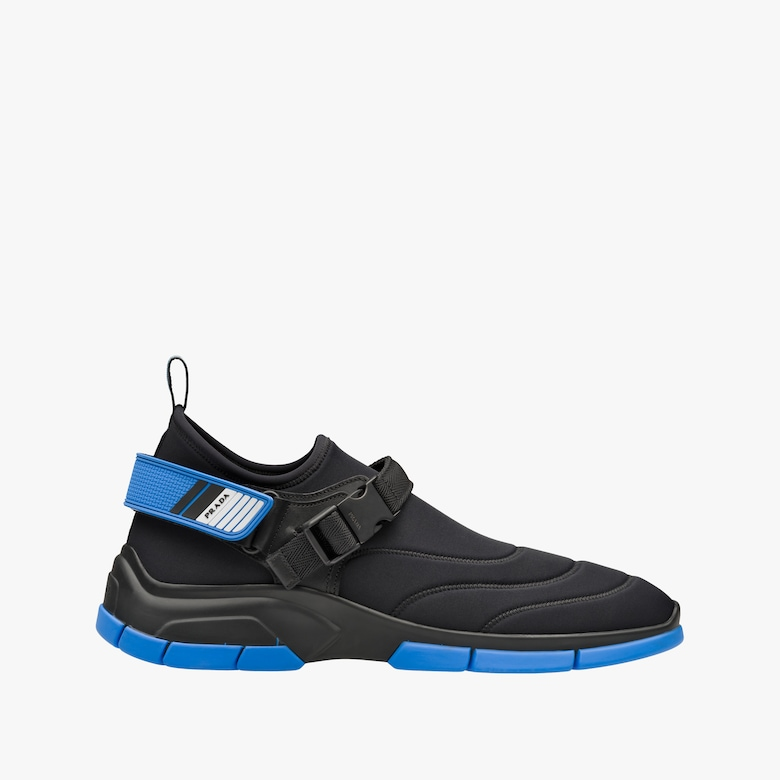 Neoprene sneakers with decorative stitching