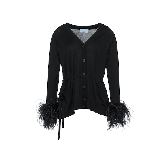 Cardigan with tie belt and feathers
