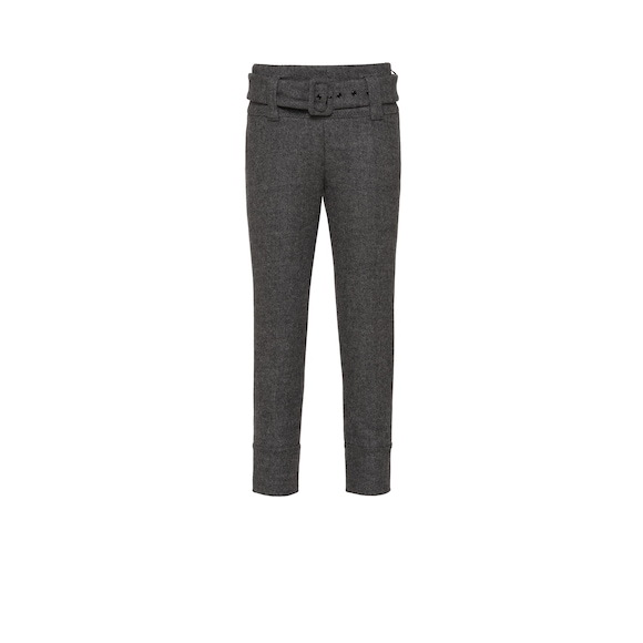 Stretch cloth trousers